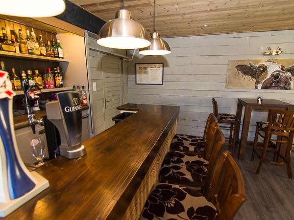 Aravis Lodge Bar