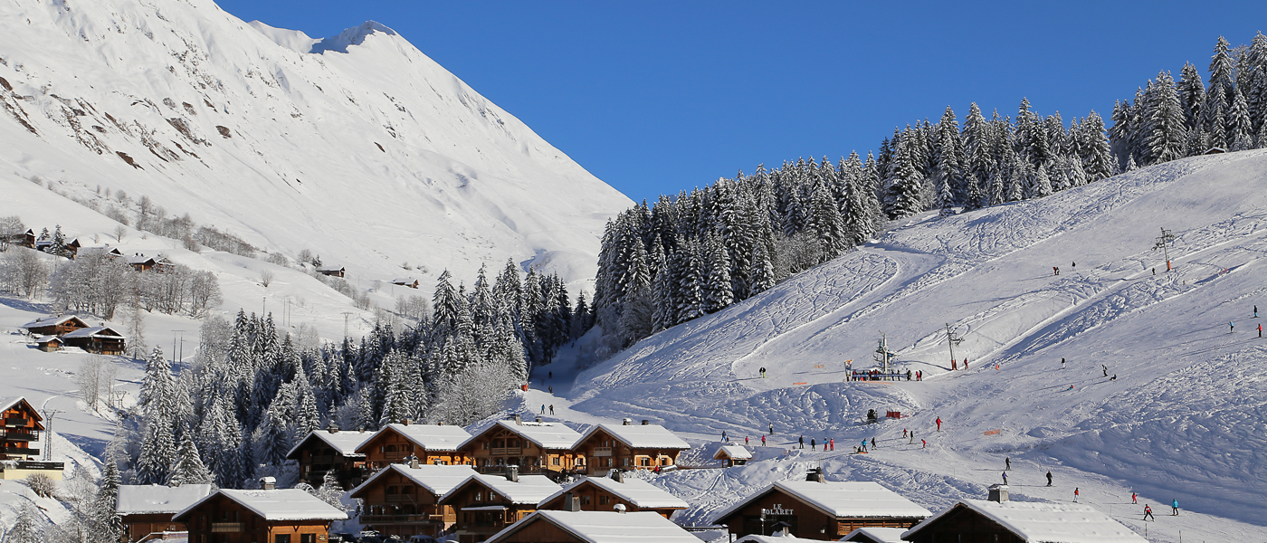 Short ski breaks with Ski Weekender