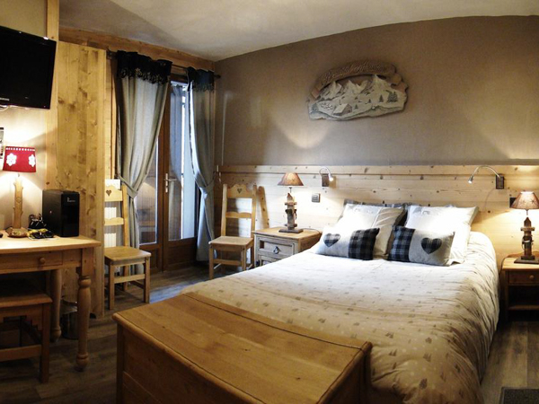 Ancolies Bedroom