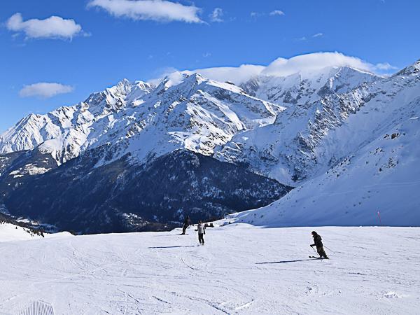 Les Contamines ski resort - France