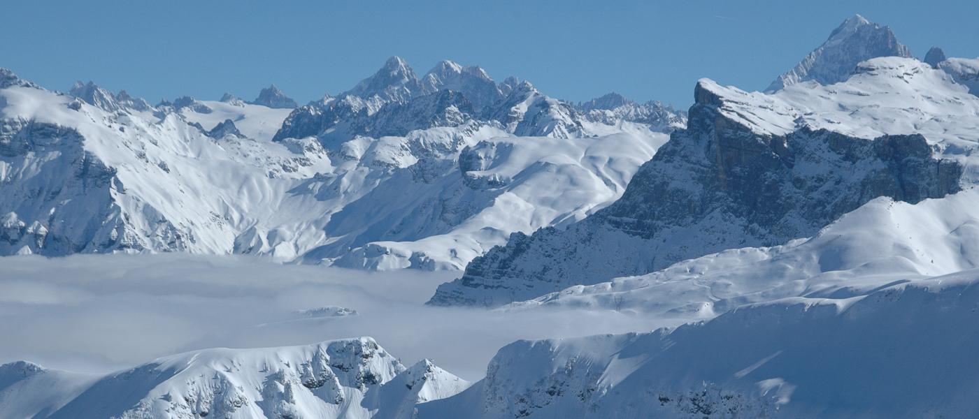 Samoens ski resort with Ski Weekender