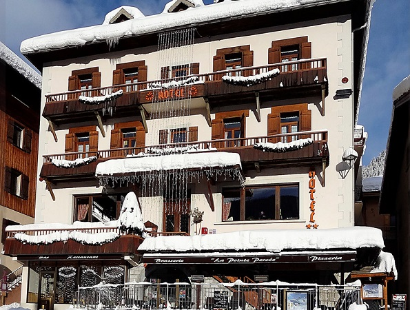 Pointe Percée 2 Star Traditional Ski Hotel le Grand Bornand France